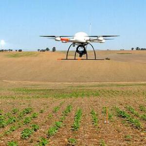 AGRICULTURA DE PRECISÃO HOJE: 5 APLICAÇÕES PRÁTICAS DE DRONES NA LAVOURA